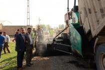 Belediye Yol Asfaltlama Çalışmalarına Yeni Mahallede Devam Ediyor
