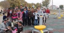 Başkan Malk Çocuklara Meyve suyu Dağıttı
