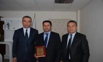 Kemal Karabulut'a teşekkür plaketi verildi