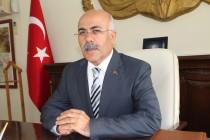 Vali Ahmet Pek'in 24 Kasım Öğretmenler Günü Kutlama Mesajı