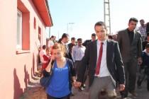 PKK'lılar, Okul Basıp Kaçırdığı 6 Öğretmeni 1 Saat Sonra Bıraktı