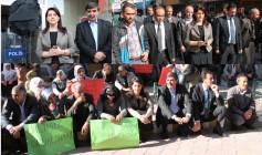 BDP'den AK Parti'ye Siyah Çelenk