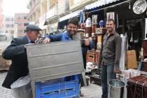 Iğdır'da havaların aniden soğumasıyla birlikte soba satışları başladı