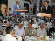 Ak Parti İl Başkanlığı İftar Yemeği Verdi