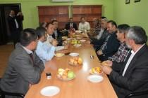 Pozitif Düşünce Platformu yaz döneminde ara verdiği dost sohbetlerine Mehmet Irmak'ı misafir ederek başladı